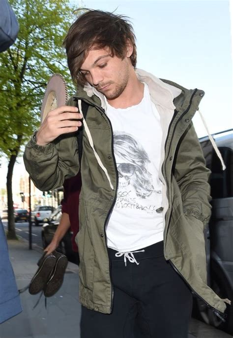 Louis Tomlinson - Weight, Height and Age