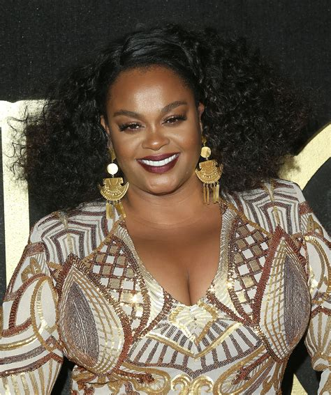 Jill Scott Performs Imaginary Oral Stimulation During