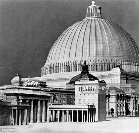 Model of the planned dome hall in Berlin - 1939 Architect
