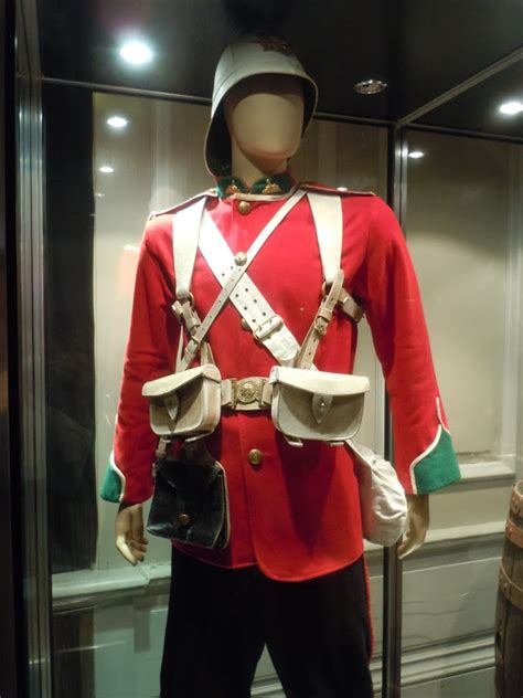 Hollywood Movie Costumes and Props: Costumes and props