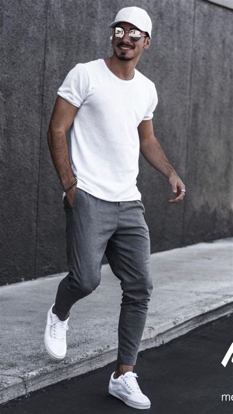 5 Joggers Outfits For Men | Mens clothing styles, Joggers